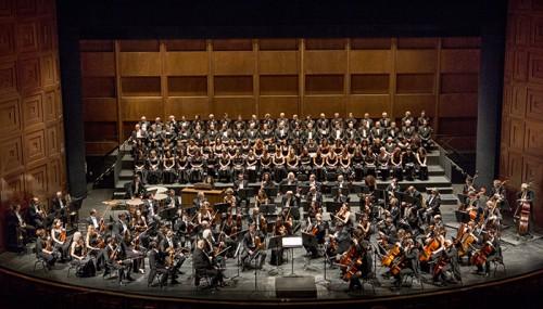 orchestra e coro teatro